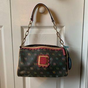Handbags - Dooney & Bourke purse